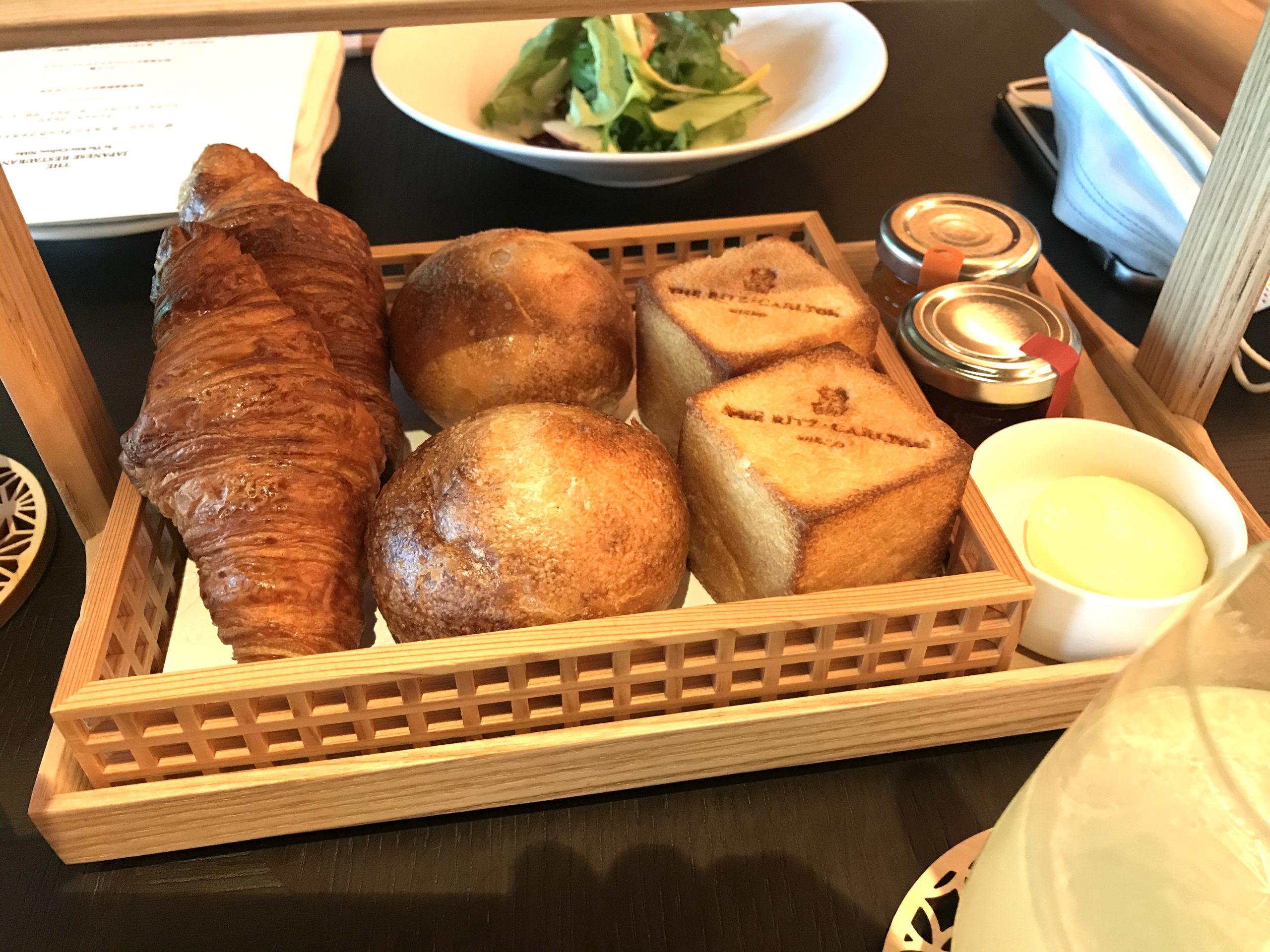 ザ・リッツ・カールトン日光朝食のパンの写真
