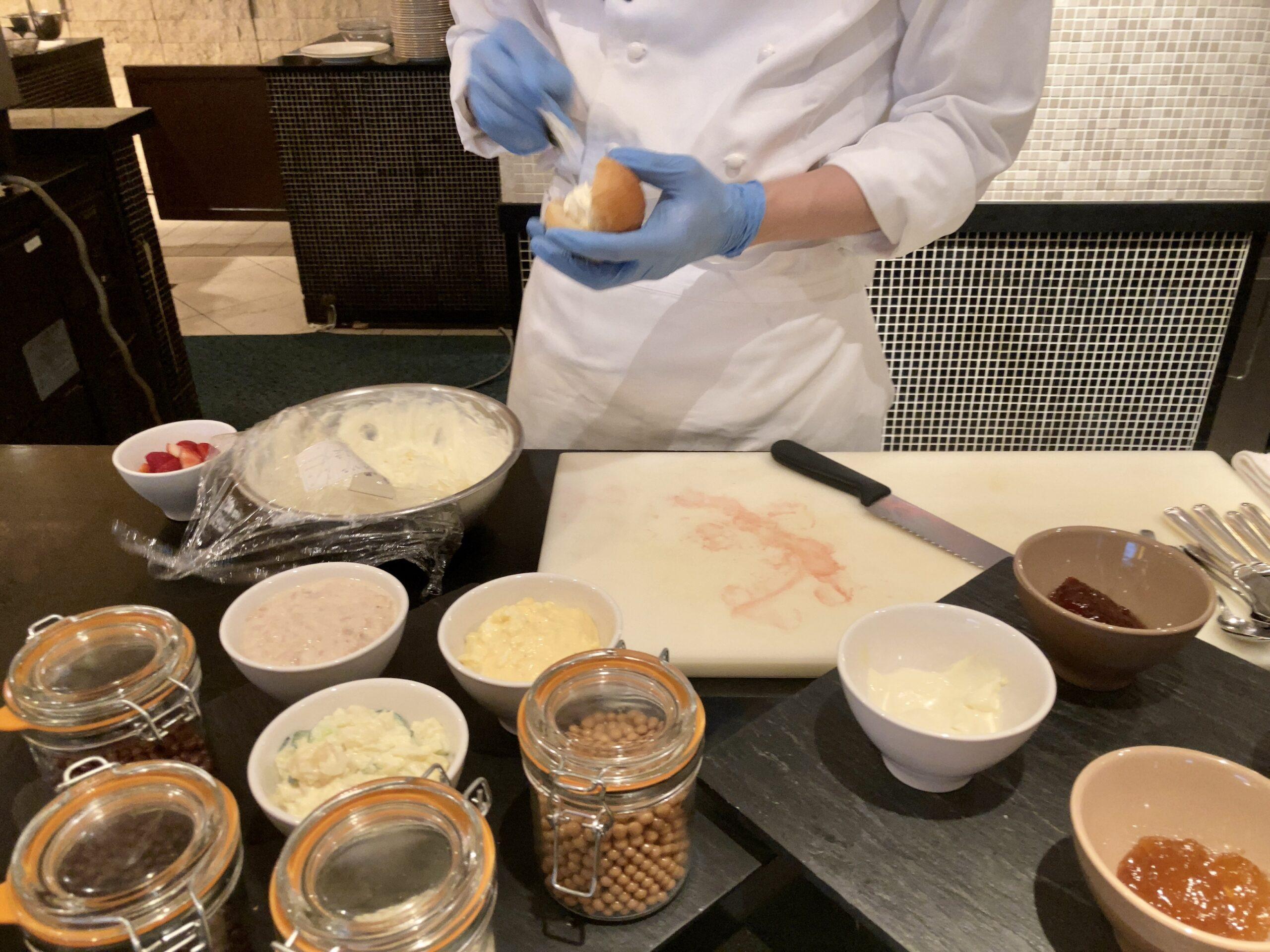 「ウェスティンホテル東京」ザテラスの朝食ビュッフェの様子