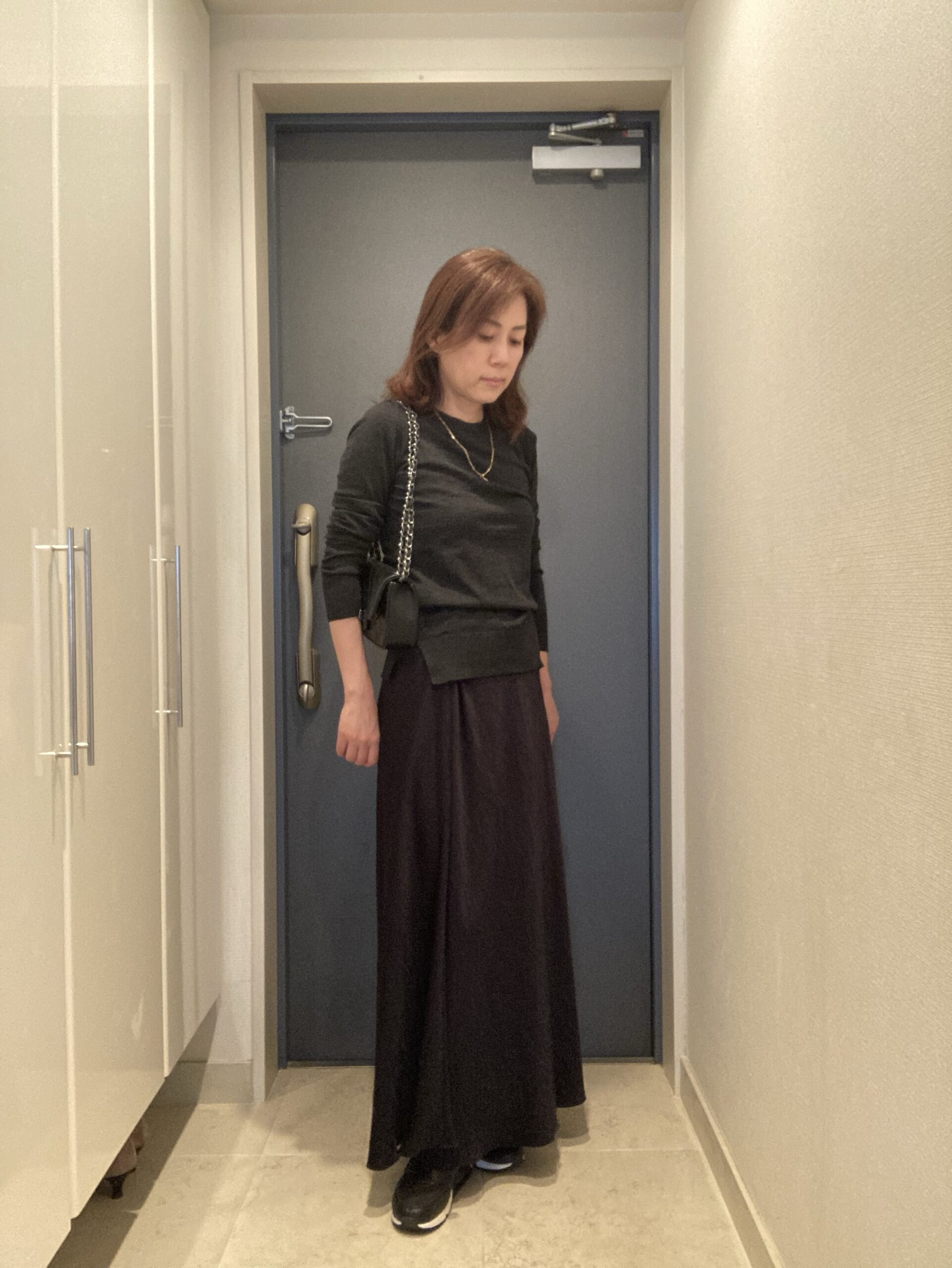 リッツ・カールトン京都のアフタヌーンティーに出かけたときの服装を撮影した写真