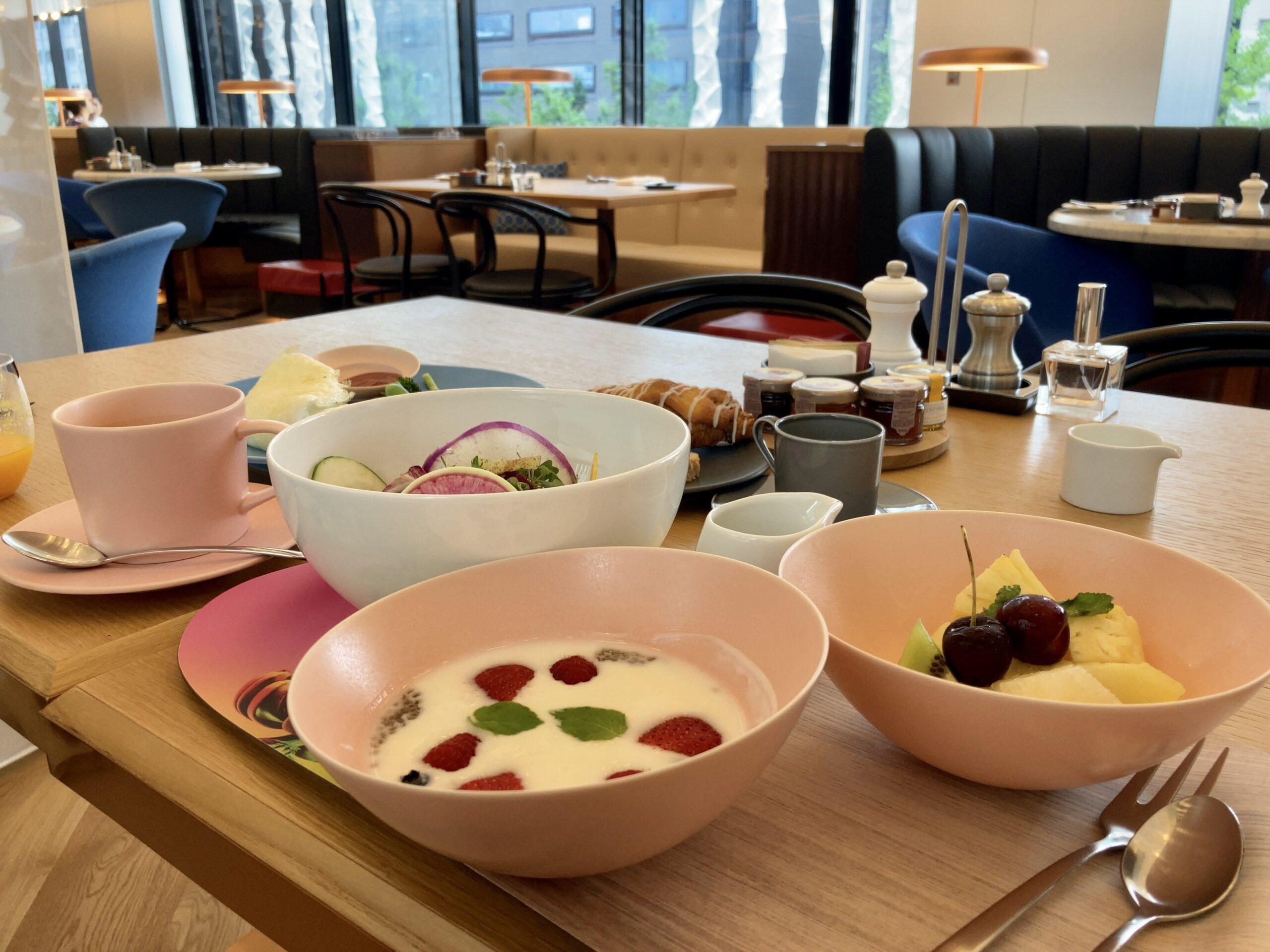 「W大阪」朝食の様子