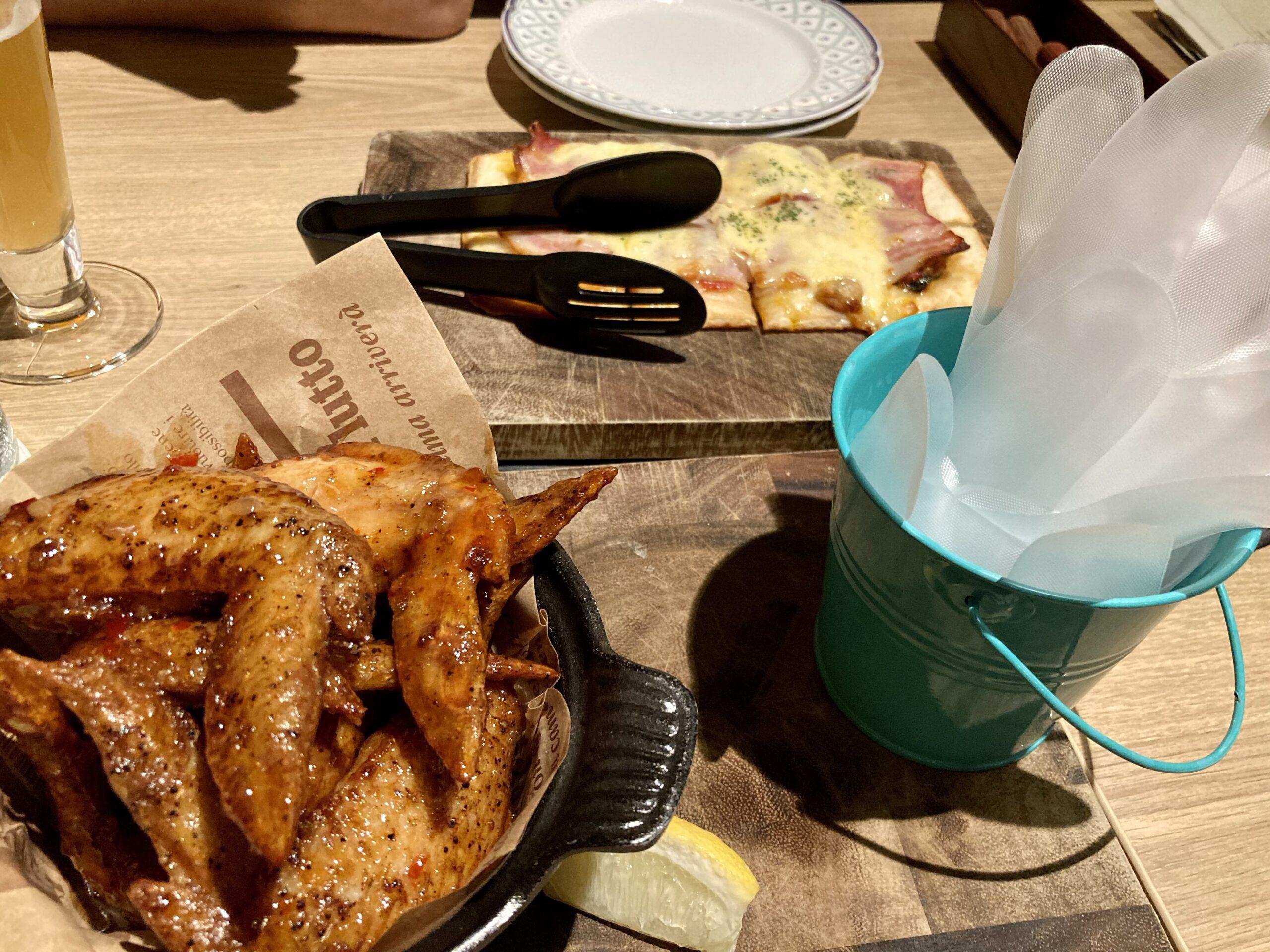 「コートヤードbyマリオット白馬」レストランでの食事の様子